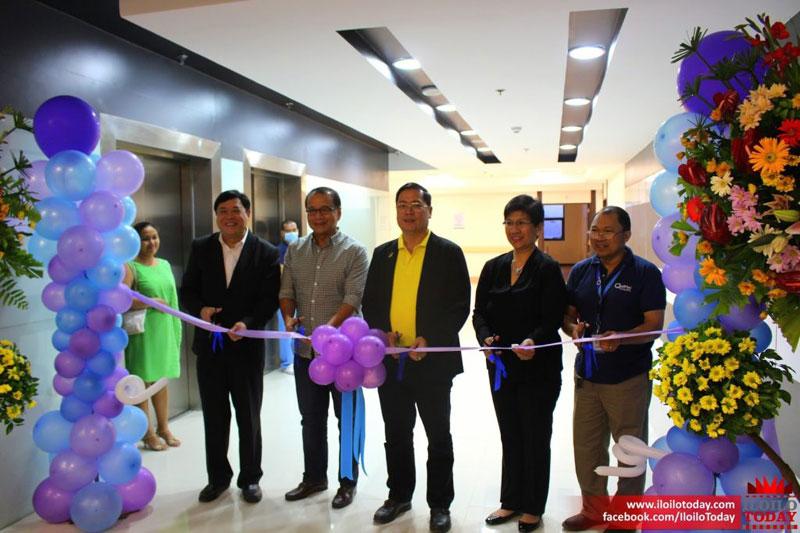 Qualimed Hospital Iloilo ribbon cutting ceremony led by Mayor Jed Patrick Mabilog.