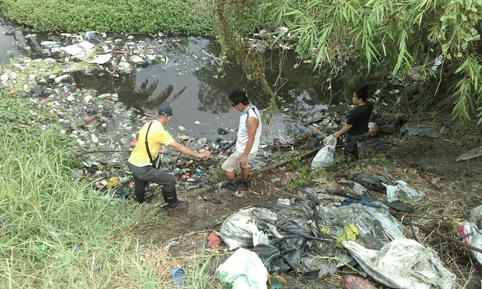 calajunan creek garbage