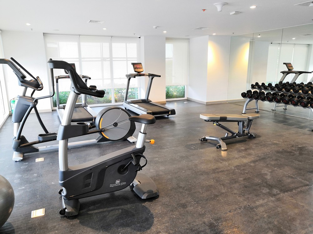 Park Inn Iloilo fitness center (gym)
