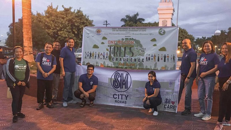 SM joins One Million Trees in One Day Challenge in Capiz