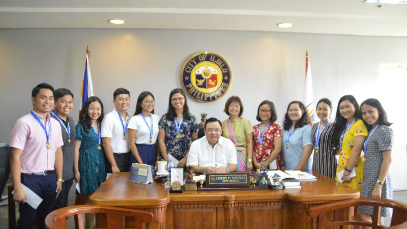 City Hall cites nurse topnotchers