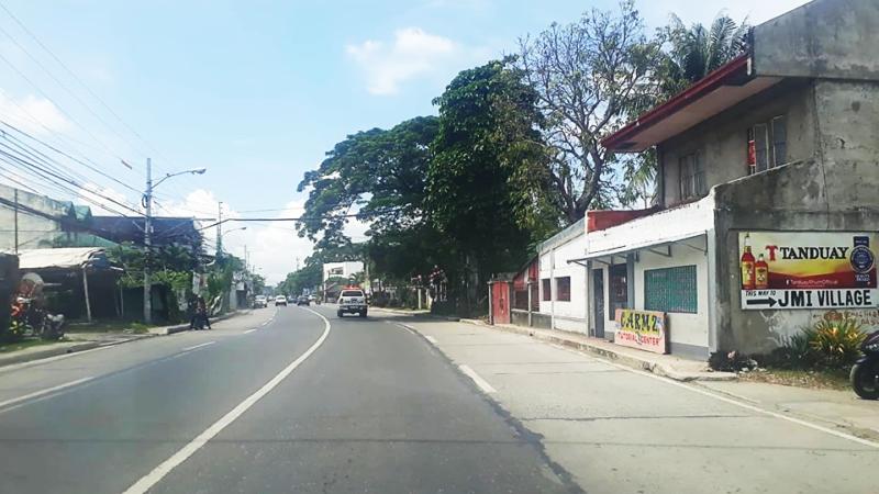 Treñas orders clearing of road blocks