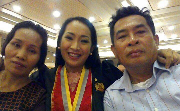 Engr. Mary June Felongco with her parents.