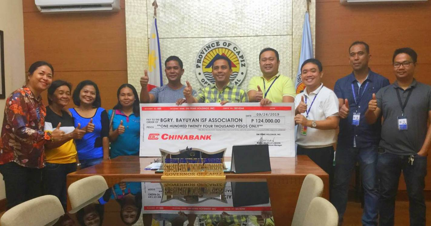 SM turns over financial support to Capiz