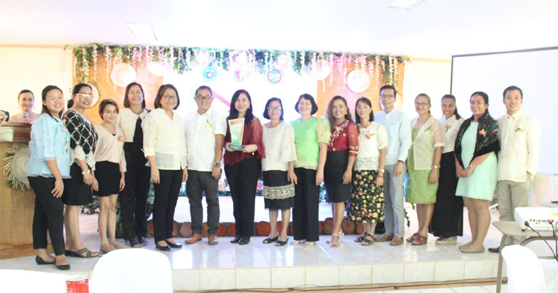 DOH awards Guimaras as Champion in Health scorecard.
