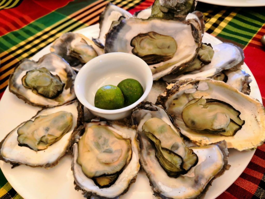 Go seafood with Steamed Talaba at Kamalig.
