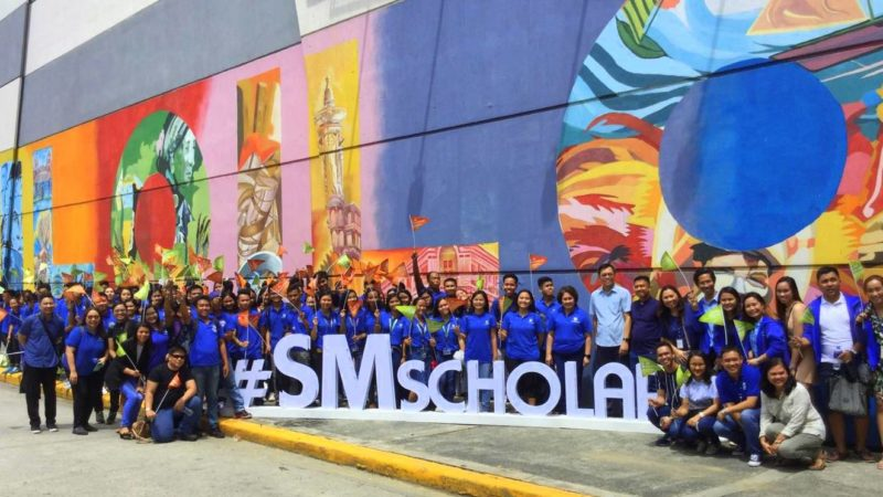 SM Scholars of Iloilo, Bacolod and Roxas gather at SM City Iloilo
