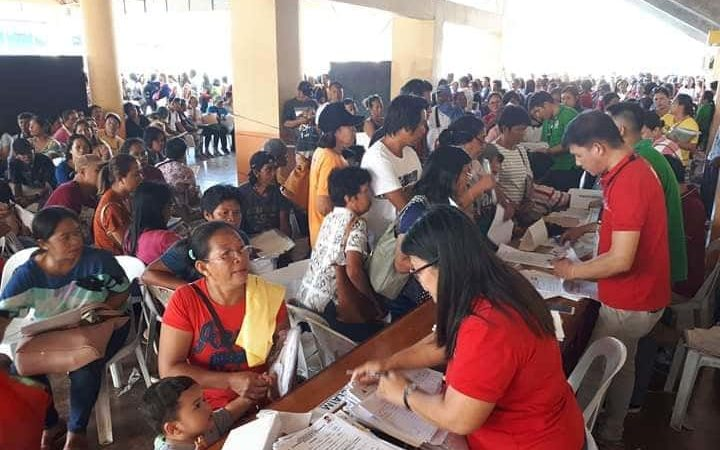 OWWA gives P3.7-M calamity assistance to 1,234 OFWs and dependents in Region 6