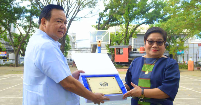 Iloilo gets ASEAN Clean Tourist City Award