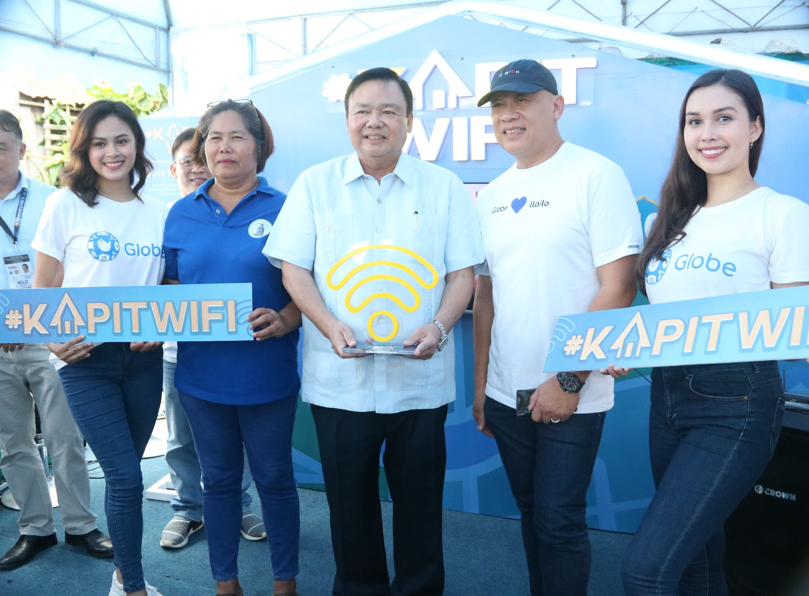 Globe launches Kapitwifi internet services in Lanit, Jaro, Iloilo City.