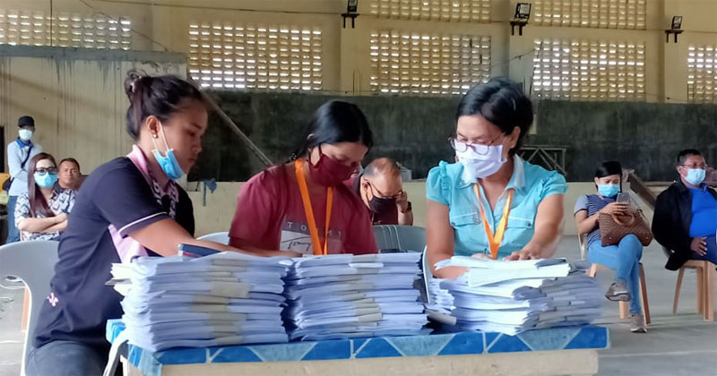 Social Amelioration Card (SAC) form distribution in Pilar, Capiz.