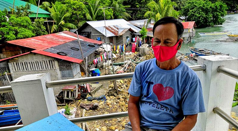 Barangay Captain Regidor Camarista of Sawang, Buenavista.