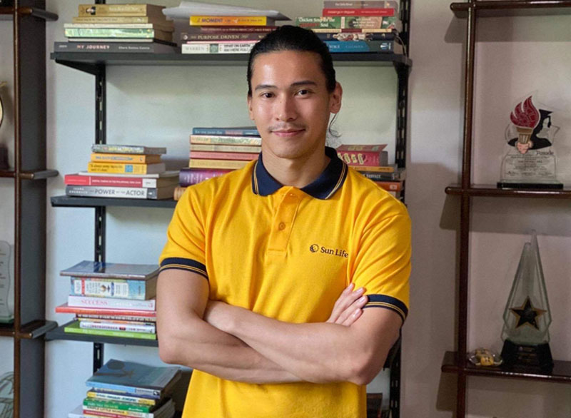 Enchong Dee as Brand Ambassador of Sun Life.