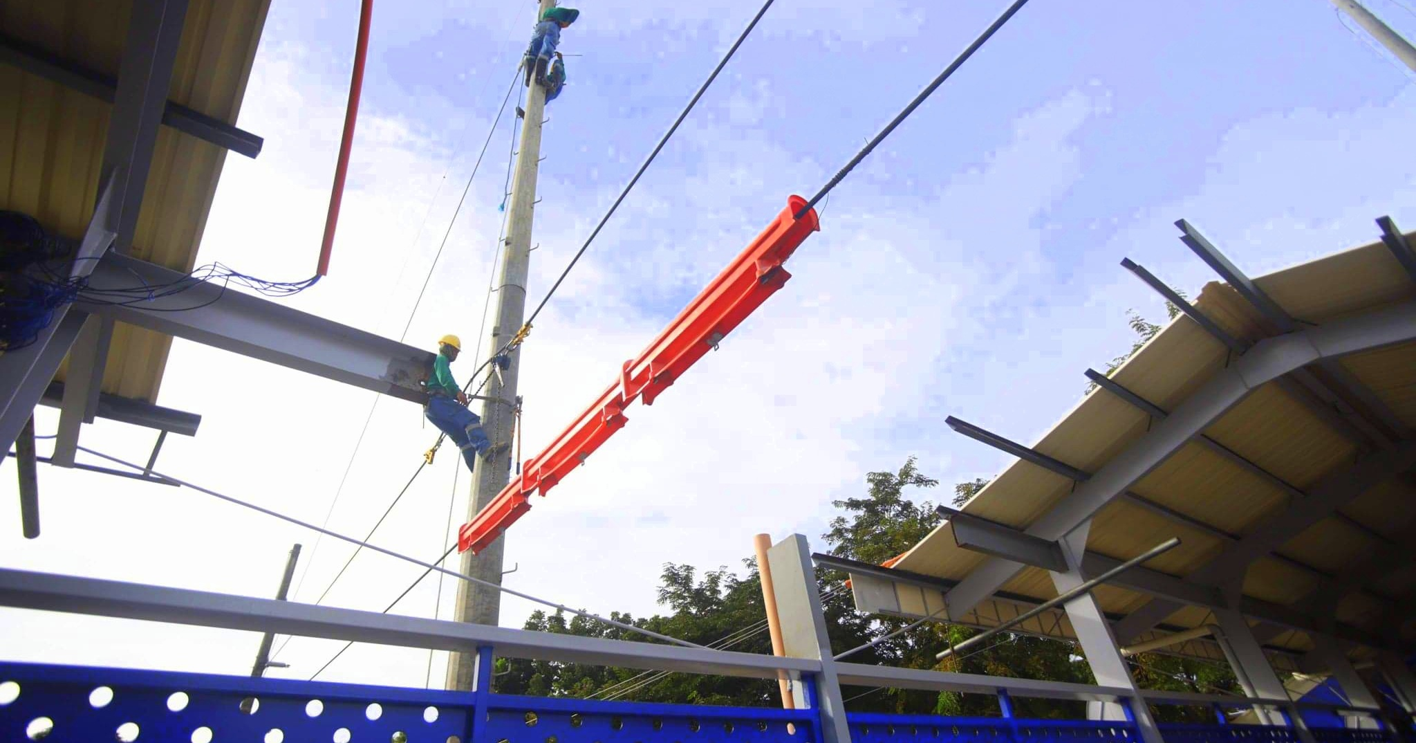 MORE Power clears ISAT-U overpass wire